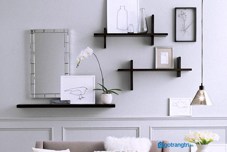 Kệ gỗ đẹp treo tường phòng khách