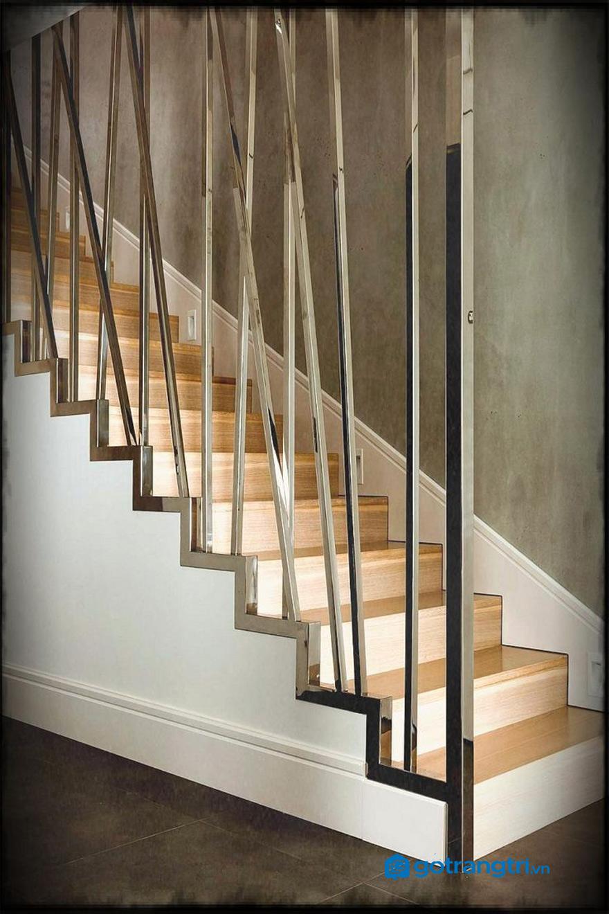 mẫu vách cầu thang đẹp nhất 3
